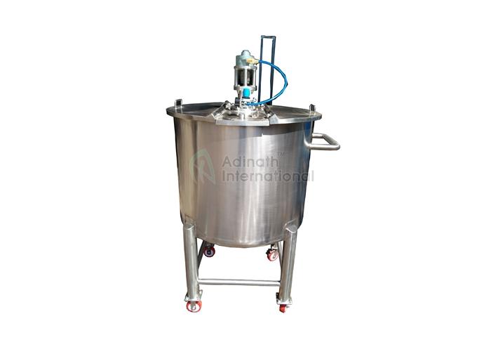Pneumatic Stirrer Agitator - Pharmaceutical Machinery